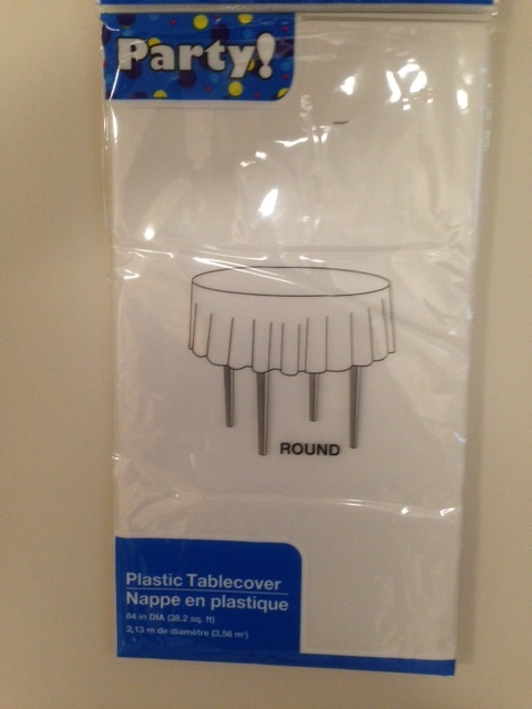 White round disposable plastic table covers