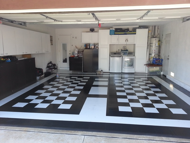 Discount garage floor tile easy to install diy ideas for black and white tile floor patterns solutioingenieria Choice Image