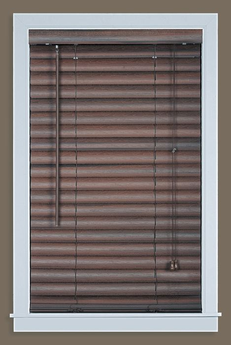 Luna 2 vinyl venetian blind with 2 in valance 23x64 for 20 inch window blinds